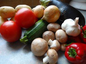 Gebratenes Gemüse mit Halloumi
